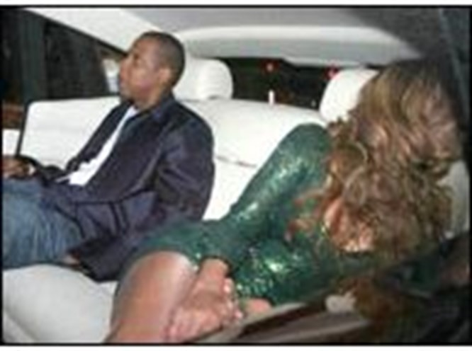 Beyonce dağıttı